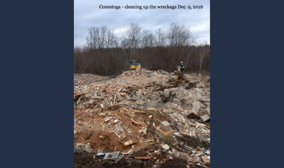 10-Conestoga Block Cleaning Wreckage - 9 Dec 16
